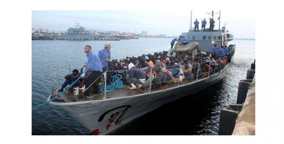تطويق تهريب البشر والمهاجرين من الساحل الليبي