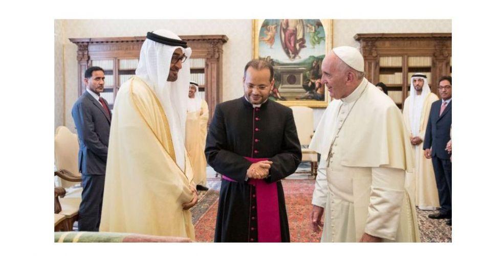 البابا فرنسيس يقيم قداسا في أبوظبي لأول مرة في شبه الجزيرة العربية