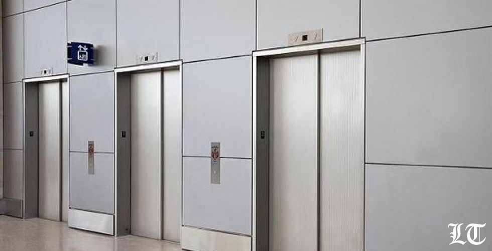 مصعدٌ يشهدُ على فضائح من العيار الثقيل