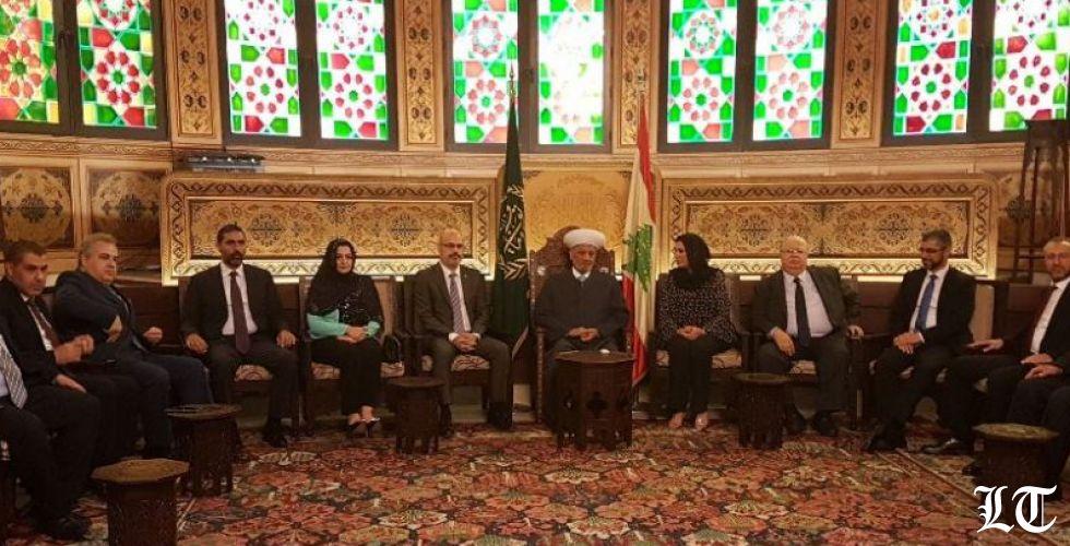 التيار البرتقالي في دار الفتوى...ولا ردود على انتقادات الحريري للوزير باسيل