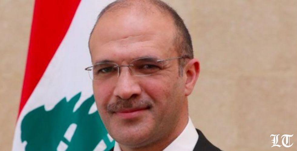 وزير الصحة يبادر الى مسح البلدات المصابة بتفشي كورونا
