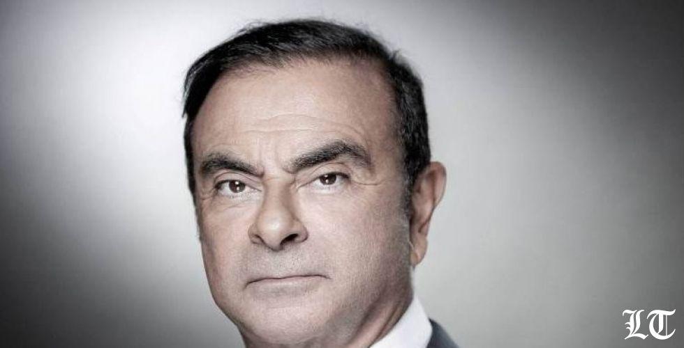 كارلوس غصن يتهم قادة في نيسان بالغدر والقذارة