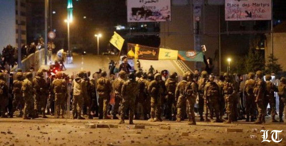 لبنان على حافة الحرب الأهلية