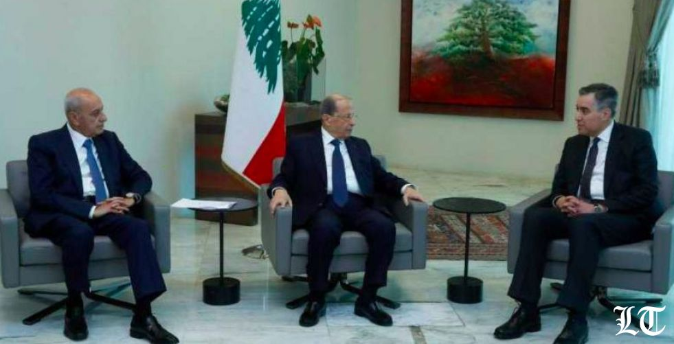 أديب أول مسؤول في السلطة التنفيذية يزور بيروت المنكوبة