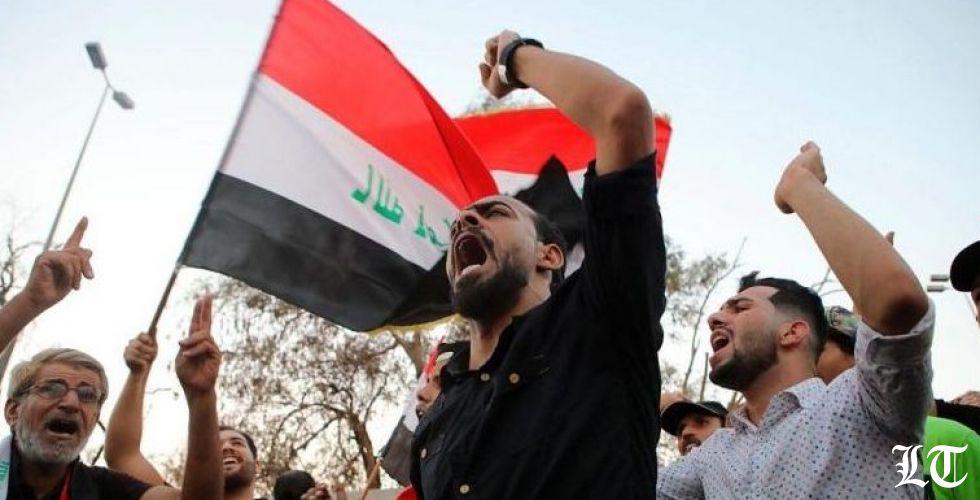 """شعار""""الشعب يريد إسقاط النظام"""" يرتفع داميا في بغداد"""