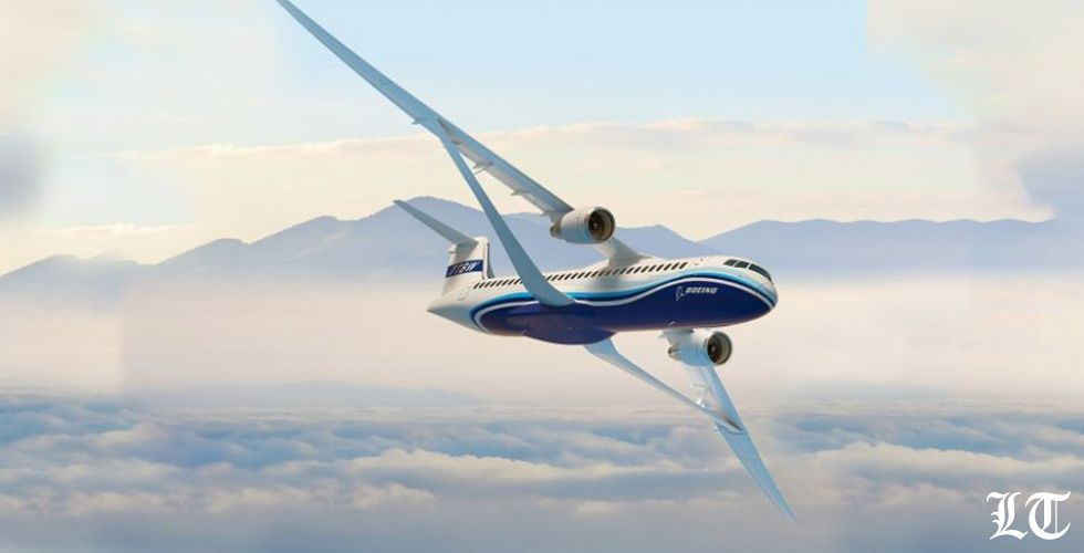 Boeing تكشف عن أوّل جناحٍ قابلٍ للطيّ