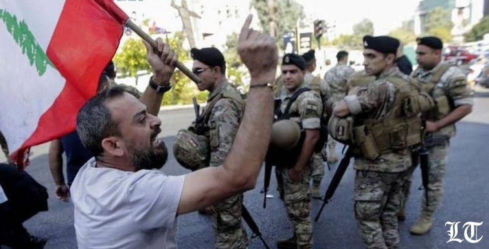 الجيش يفتح الطرقات سلميا بعد أيام من الإقفال