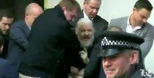 مؤسّس ويكيليكس في قبضة الشرطة البريطانيّة
