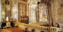 ليلة من ليالي العمر في غرفة الملكة ماري انطوانيت في قصر فرساي