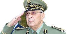 الجيش الجزائري يطالب بإزاحة بوتفليقة